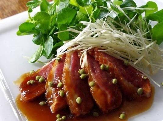 Magret de canard aux baies de sansho