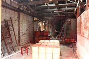 Salle de stockage des bouteiles de sauce soja