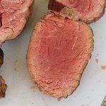 La viande du Tosa Akaushi, plus rouge, moins persillée